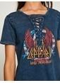 Koton Yaka Detaylı Baskılı Tişört İndigo